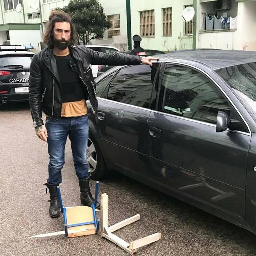 """La grande paura per il biker Vittorio Brumotti: l'inviato di """"Striscia la Notizia"""" aggredito a Napoli"""