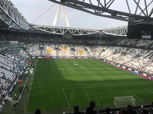 Calcio, Serie A: rinviati gli incontri a porte chiuse, saltano Juve - Inter, Milan - Genoa e altre tre partite