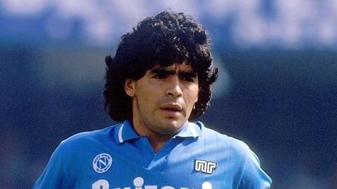 Il mondo del calcio piange la scomparsa di Diego Armando Maradona