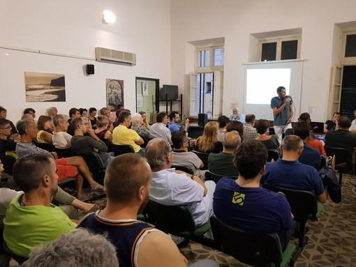 Sala strapiena per il dibattito sull'OUTDOOR: un grande grazie da Savonanews (FOTO e VIDEO)