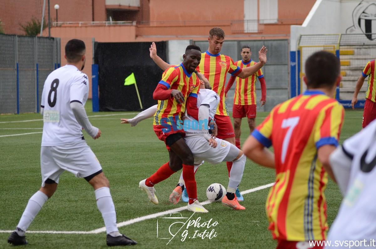 Calcio, Eccellenza A. Oggi si riparte da zero: trasferte insidiose a Genova per Albenga e Cairese, il Varazze fa visita al Finale