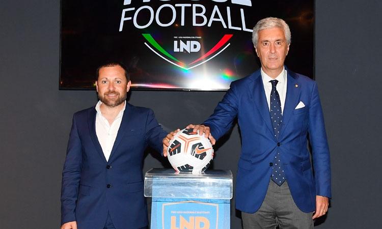 Calcio. Presentato il nuovo pallone dei dilettanti, si chiama Nike Academy Pro Team e sarà personalizzato per ogni regione