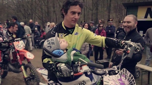 La Fondazione Allianz Umana Mente torna a Varazze con la mototerapia di Vanni Oddera