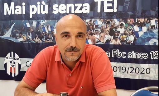 """Calcio, domani la prima ufficiale per il nuovo Savona targato Patrassi. Siciliano tra Coppa e mercato: """"Rosa in via di definizione, con la Fezzanese in campo per acquisire una mentalità vincente"""" (VIDEO)"""