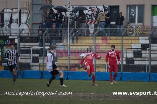 Calcio, Eccellenza. La Genova Calcio smentisce i contatti con mister Di Latte