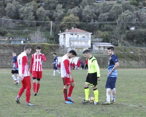 Calcio: in Prima Categoria netta sconfitta interna del Don Bosco Vallecrosia ad opera dell'Olimpia Carcarese (Foto)