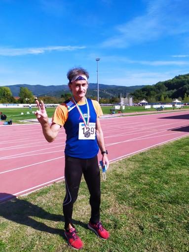 Atletica Arcobaleno Savona. Doppio argento agli Italiani Master: Roberto Fazio nel giavellotto e Stefano Pasquato sui 100 metri