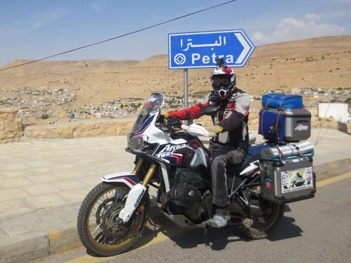 Motori. Franco Ballatore è arrivato a Petra: settima meraviglia