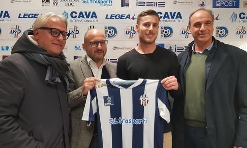 """Calcio. Savona, la conferenza stampa dal Bacigalupo. """"L'Albissola a Savona? C'è stato un sopralluogo, ma nessuna richiesta""""  (VIDEO)"""