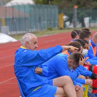"""Calcio, Cairese. Mister Benzi pronto a ripartire: """"I ragazzi si sono allenati con impegno. Pronti a fare bene"""" (VIDEO)"""