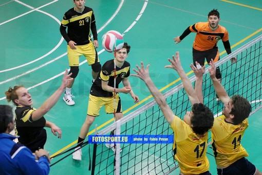 Volley maschile: Finale cade 3-0 a Sanremo,  vittoria in scioltezza per la Grafiche Amadeo (FOTOGALLERY)