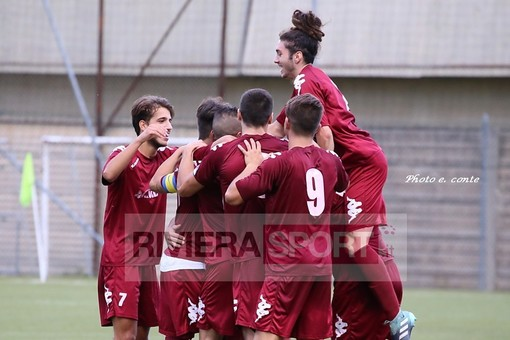 Calcio, Promozione. Ventimiglia, scatta la stagione granata: tutti i convocati per il raduno