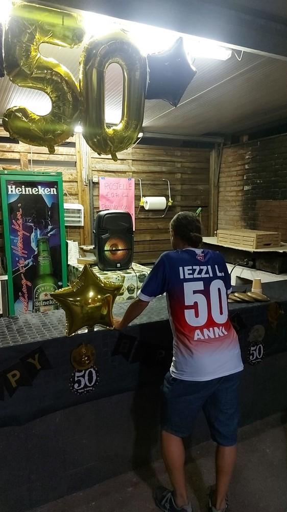 Calcio, Camporosso: mezzo secolo con gli scarpini allacciati, festa grande per i 50 anni di Leo Iezzi