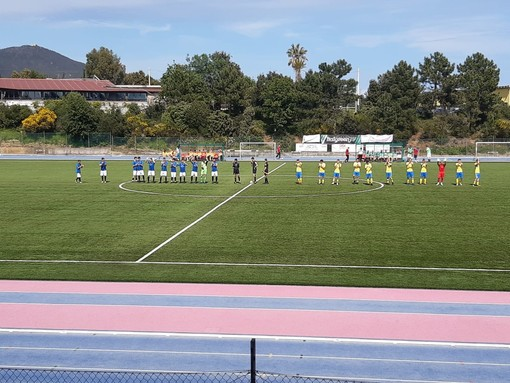 Calcio. Eccellenza, Varazze e Cairese si dividono la posta: Iardella e Pastorino firmano l'1-1 dell'Olmo-Ferro