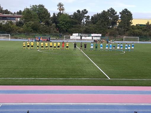 """Calcio, Eccellenza. Reti bianche all'""""Olmo-Ferro"""", Varazze e Pietra Ligure pareggiano 0-0"""