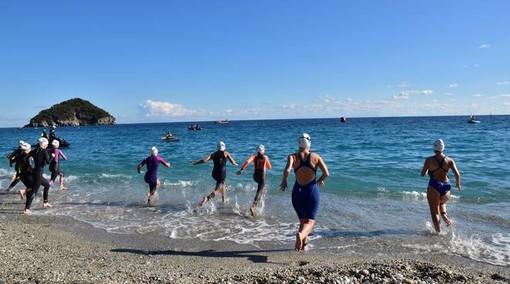 Swimtheisland, Matteo Furlan e Alisia Tettamanzi  i vincitori della CombinedSwim nel Golfo dell'Isola