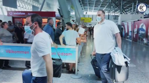Diego Longo e Amedeo Di Latte all'aeroporto di Tirana 8foto FK Kukesi)