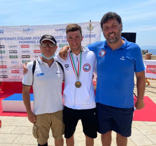 Nuoto. Andrea Filadelli brilla anche nel fondo, arriva il bronzo ai Campionati Italiani Assoluti di Piombino