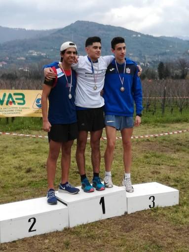 Atletica Arcobaneno: ottimi risultati dal cross regionale, a Torino vola il giavellotto di Denis Canepa