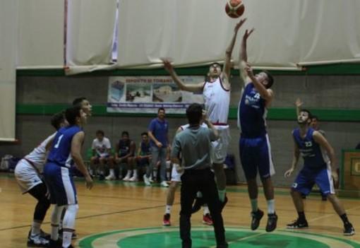 Basket, Serie D. Inizio d'anno amaro per il Loano, superato da Chiavari 70 a 63