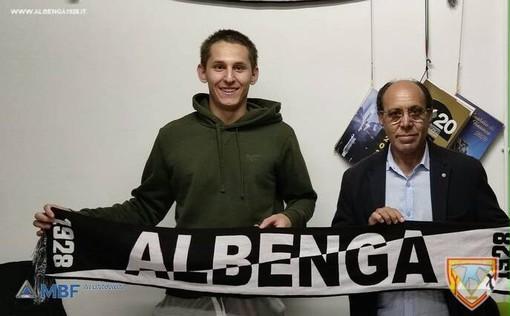 Calciomercato, Albenga. Un nuovo 2002 in difesa, tesserato Riccardo Franco ex Sanremese e Alassio FC