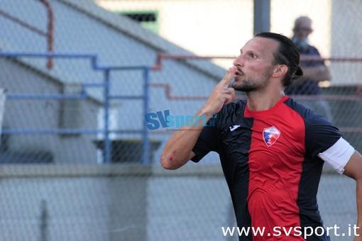 """Calcio, Vado. Il gol di Lo Bosco regala un punto e tanta consapevolezza ai rossoblu: """"Campionato difficile, ma aver pareggiato in questa maniera vale come una vittoria"""""""