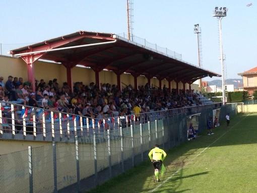 """Calcio, Loanesi: Addio rossoblu, la squadra non sarà iscritta: """"La città ringrazi il sindaco Pignocca e l'assessore Zaccaria"""""""