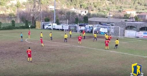 Calcio, Eccellenza: dalle parate di Moraglio all'espulsione di Piana, ecco gli highlights di Albenga - Cairese (VIDEO)