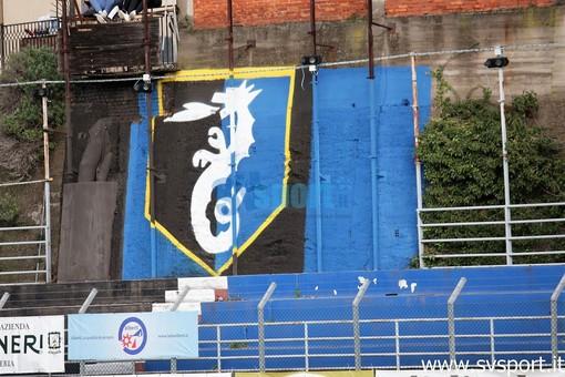murales logo imperia allo stadio Ciccione