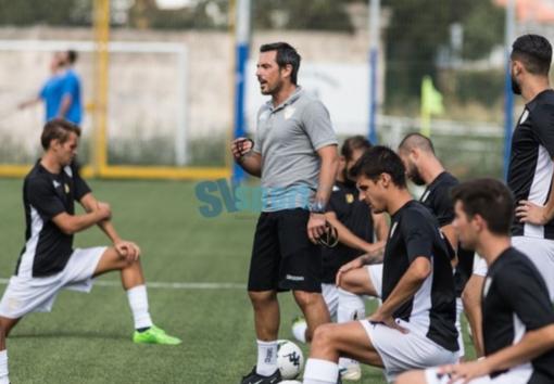 """Calcio, Albenga. Sfugge nel finale il successo a Cairo, Solari: """"Gestione del risultato non positiva, teniamoci la rabbia per il Molassana"""" (VIDEO)"""