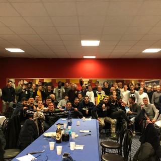 Calcio, Savona. Sorrisi e sostegno reciproco nella cena natalizia per tifosi e giocatori (Fotogallery)
