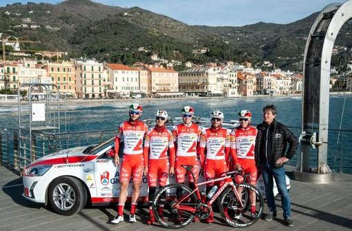 Trofeo Laigueglia: parte da Alassio la marcia di avvicinamento dell'Androni Giocattoli Sidermec