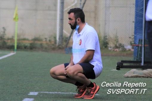 """Calcio, Celle Riviera. La lettera di mister Ghione dopo il rinvio del match con il Borzoli: """"Che senso ha insistere con i campionati? Percepisco preoccupazione e disagio"""""""