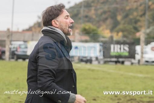 """Calcio, Albenga. Delfino alza la voce: """"Basta critiche interne al club. Con il Pietra Ligure meritavamo di gran lunga i tre punti"""" (VIDEO)"""
