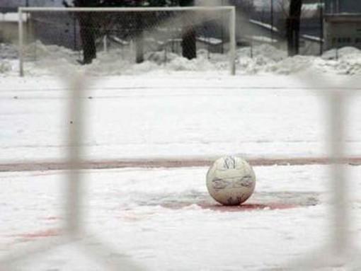 Calcio, Seconda Categoria B: tanta neve sui campi, ci sono già i primi rinvii