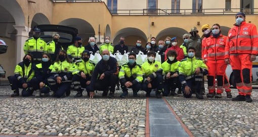 """Calcio, Albenga. Donati 91 pasti pasquali alle famiglie in difficoltà. La presidentessa Fantino: """"Il virus ci ha interessato da molto vicino"""""""