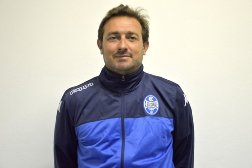Calcio, Ceriale: passaggio di testimone per gli Esordienti 2007, Michele Bortolini succede a mister Mazzone