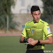 Calcio, Serie D: le designazioni arbitrali per il turno infrasettimanale. Fischietto da Messina per Vado - Caronnese