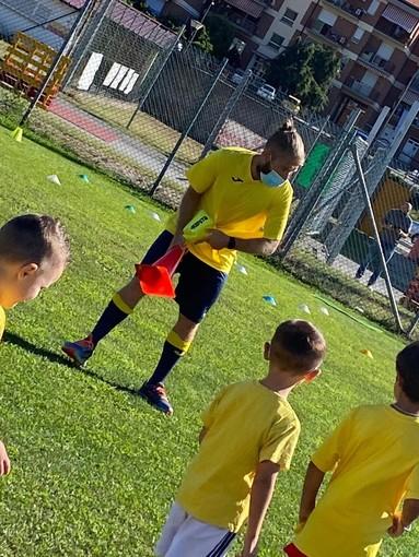 Calcio, Millesimo. Tanta partecipazione per la visita di Juri Monzani
