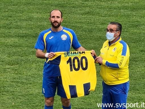 Calcio, Cairese. 100 volte Matteo Piana, una maglia speciale per il centrocampista gialloblu