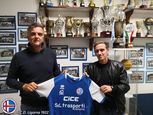 Calciomercato. C'è la firma di Stefano Botta con il Ligorna, il centrocampista ex Genoa giocherà nella squadra di mister Monteforte