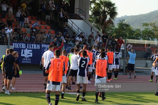 """Calcio, Savona. La Brigata 1907 e i Vecchi Ultras 1972 donano più di 1700 euro all'Asl savonese: """"Insieme usciremo da questa tempesta"""""""
