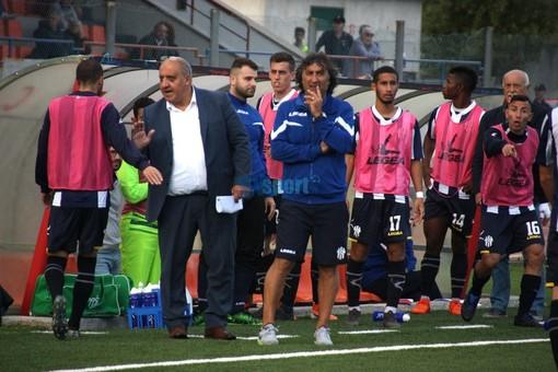 """Calcio. Savona, arriva anche la prima vittoria esterna della stagione. De Paola: """"Ligorna avversario scorbutico,  complimenti ai ragazzi per l'approccio alla gara"""""""