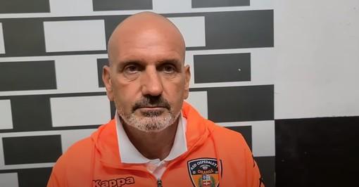 """Calcio, Ospedaletti. Caverzan promuove lo stesso gli orange dopo la sconfitta di Albenga: """"Buona gara, siamo andati oltre alle nostre possibilità attuali"""" (VIDEO)"""