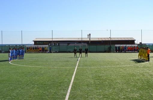 Calcio: un minuto di raccoglimento sarà osservato su tutti i campi in memoria di Daniele De Santis, l'arbitro di Lecce assassinato negli scorsi giorni