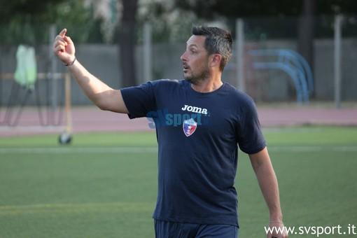 """Calcio, Vado. Domani l'esordio ufficiale per i rossoblu. Solari: """"Ligorna con una sua fisionomia, per vincere servirà coraggio"""""""