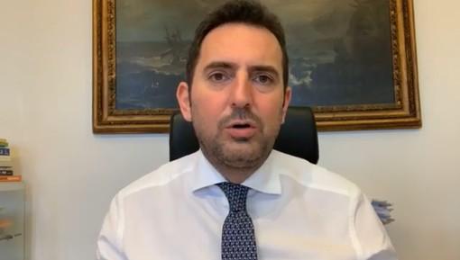 """Sport e allenamenti. L'annuncio del ministro Spadafora: """"A breve schede sintetiche per spiegare i dettagli"""""""