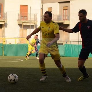 Calcio, Eccellenza: infortunio all'arbitro durante Athletic Club - Alassio F.C., gara sospesa sul risultato di 2-1 a favore delle vespe