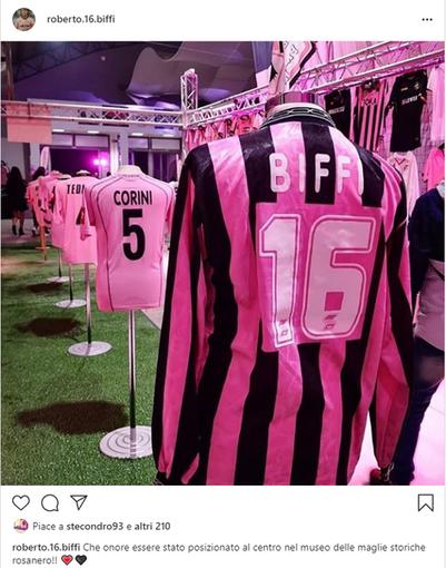 Calcio. Palermo non dimentica Roberto Biffi: la sua maglia messa in esposizione al museo delle tenute da gioco storiche rosanero