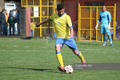 Cristian Di Leo con la maglia della Cairese nella scorsa stagione